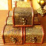 Hộp gỗ nhỏ có khóa- kho báu của riêng mỗi người