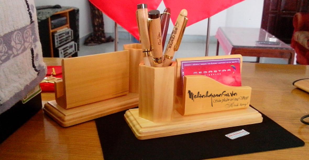 Thêm xinh xắn với hộp đựng bút bằng gỗ