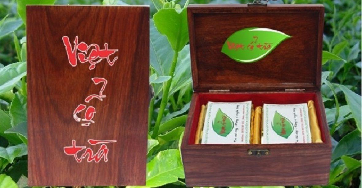 Hộp trà cao cấp thấm đượm hương vị tết Việt